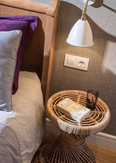 Dormitorio by The Room Studio