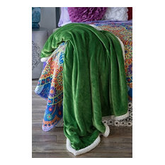 Large Extra Plush Sherpa Throw Blanket 68X54, Solid Emerald Green