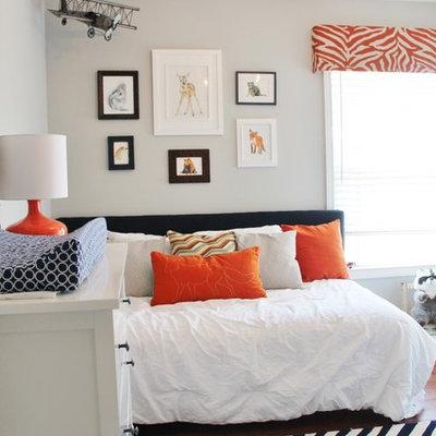 Inspiration for a small modern home design remodel in Atlanta