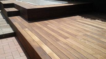 Realizzazione con legno decking per esterni in frassino termotrattato