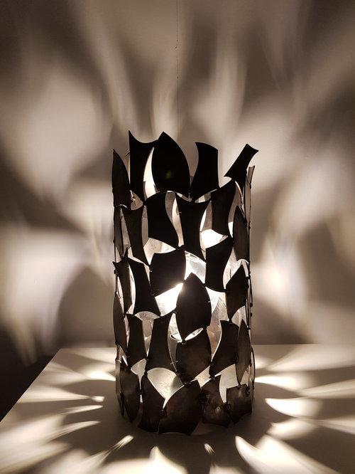 "Lampe ""SECOND LIFE"" - Lampe à Poser"