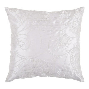 The Pillow Collection Ranya Floral Pool Down Filled Throw Pillow