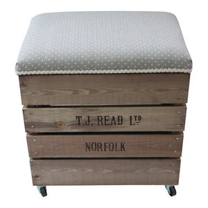 Apple Box Breakfast Barstool, Warsa Dots