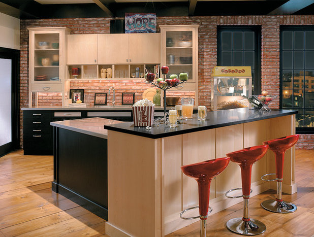 Modern  by Cabinets & Designs
