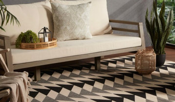 Up to 55% Off Outdoor Rugs
