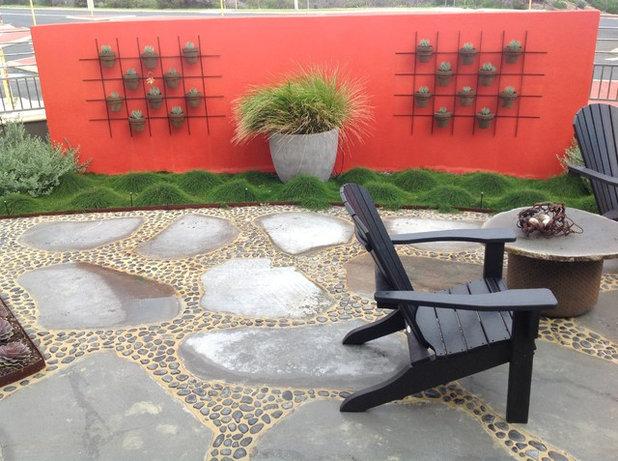 Contemporary  by Garden Deva