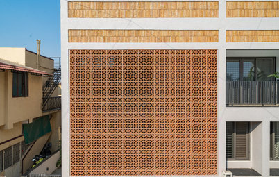 Ahmedabad Houzz: A Jali Brick Veil Envelops to Light & Ventilate