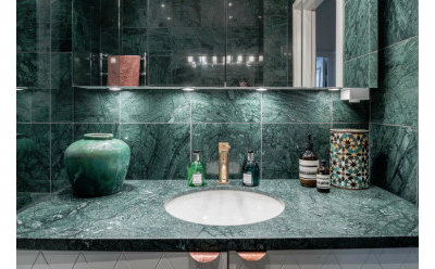Indian Bathroom Vanity Units & Sink Cabinets by Flodeal Inc