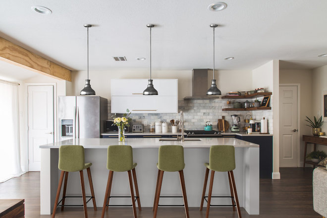 See How Different Lights and Bar Stools Change the Look of 1 Kitc