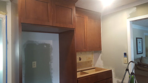 Kitchen Wall Paint Color To Complement Medium Stained