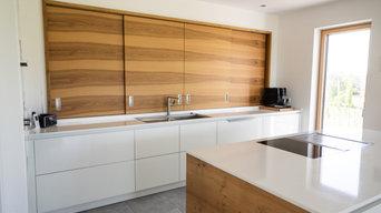 Küche F mit spektakulärer Schrankrückwand