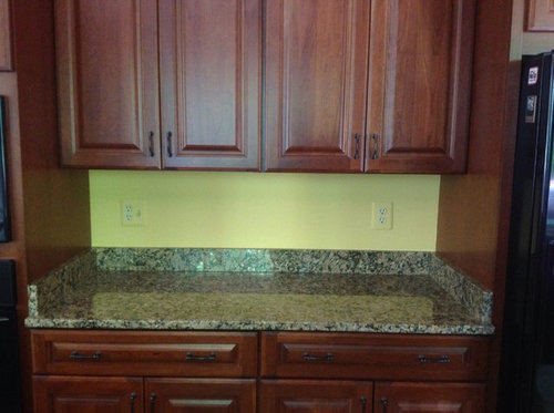 Can I remove the short backsplash without damaging the ...