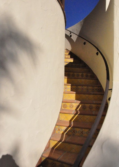 Mediterranean Staircase Tower : Architectural elements of spanish revival style