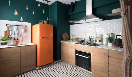 Best of the Week: 35 Cheerfully Colour-Blocked Kitchens