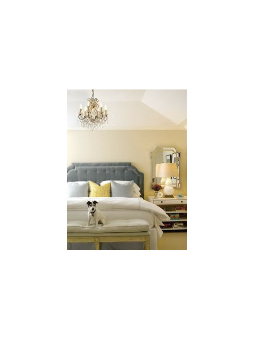 Mirrors Behind Bedside Tables: Mirrors Over Bedside Tables?