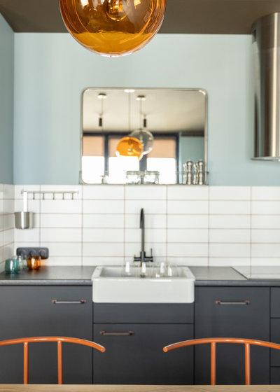 Houzz Украина: квартира для сдачи в аренду с коричневым потолком