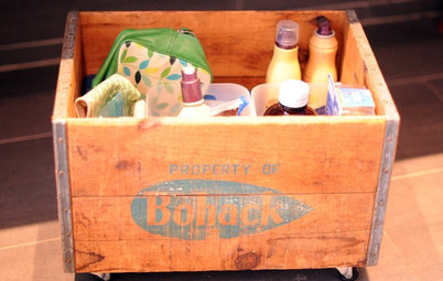 DIY: See How to Make a Rolling Vintage Storage Crate
