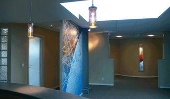 Toile représentative de l'entreprise dans le hall d'accueil