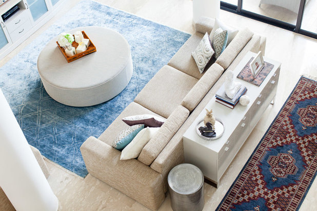 Contemporary Living Room by Arete Culture
