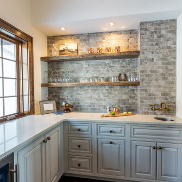 Extended Kitchen Workspaces