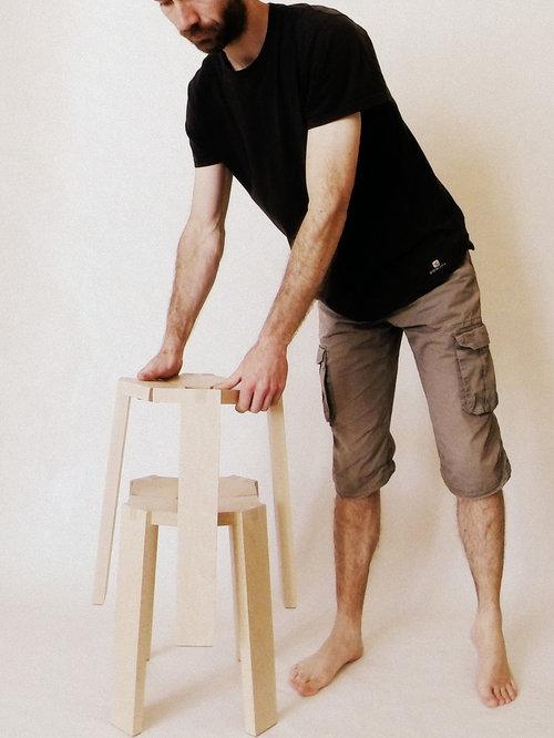 Petit tabouret en bois - Chaise et Tabouret de Bar