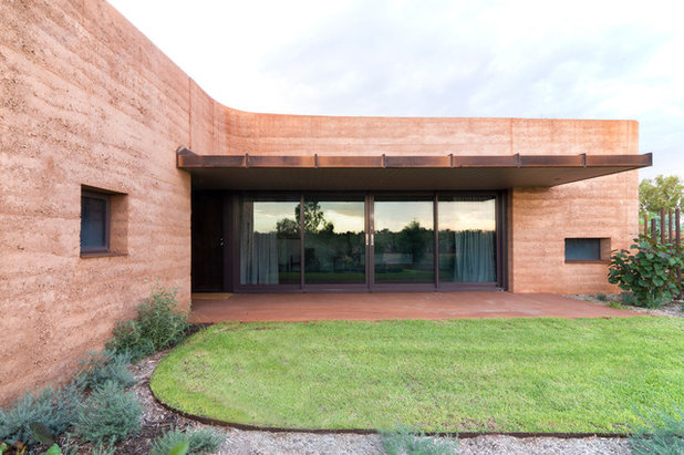 Contemporary  by Luigi Rosselli Architects