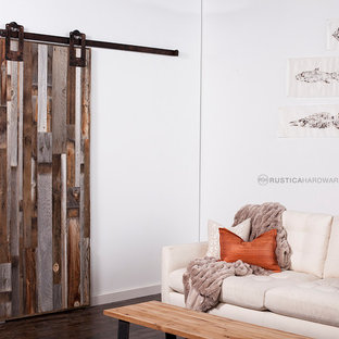Reclaimed Barn Wood Vertical Style