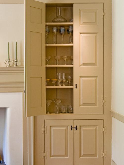 Parlor Cabinet - 商品