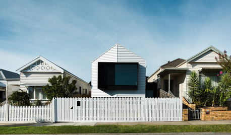 Stickybeak: A Controversial Welcome for a Contemporary Home