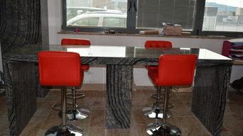 Tavolo e colonna in Silver wave