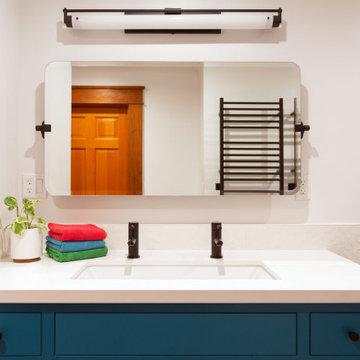 Moraga Ave: Bathroom 2