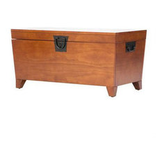 Beyond Furniture Wooden Lift Top Coffee Table Storage Trunk Mission Oak Finish Coffee