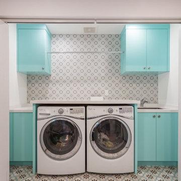 jack and jill laundry room