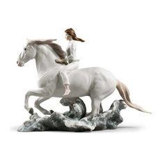 Lladro Riding Her Horse On The Seashore Figurine 01009371