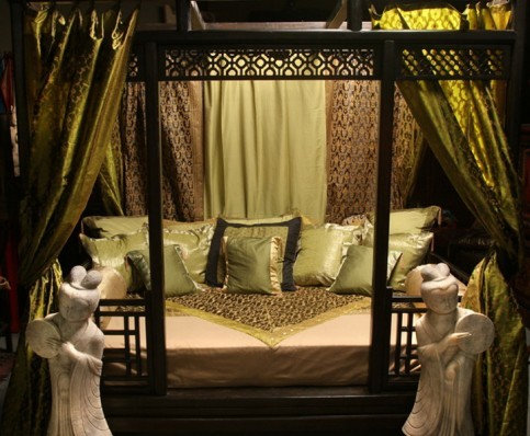 CHINESE CANOPY DEN BED - Canopy Beds & Hand Carved Indian And Chinese Canopy Beds!