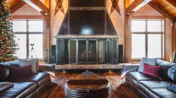 Grand Fireplace - Hilltop Retreat - Collingwood, ONT