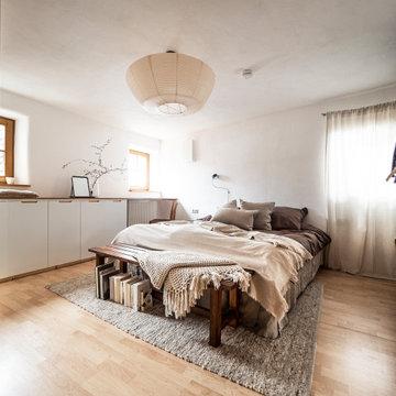 Schlafzimmer in sanften Naturtönen