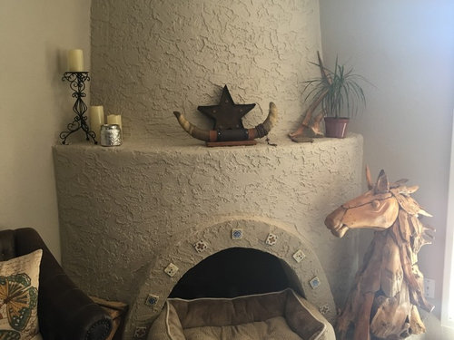 Does a kiva fireplace mean you must to decorate southwest edited to add a pic please excuse the dog bed i just moved in and im still sorting out where to put things solutioingenieria Choice Image