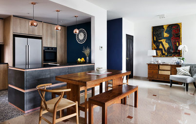 Houzz Tour: Colour and Memories Bring Personality to this Condo