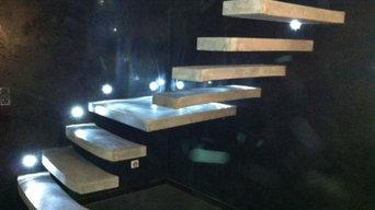 Escaliers suspendus Ductal®