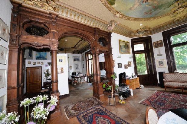 Modern  by REFUGIUM - Interior Design