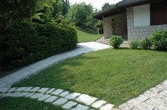 Come Sistemare il Vecchio Giardino di una Casa di Campagna?