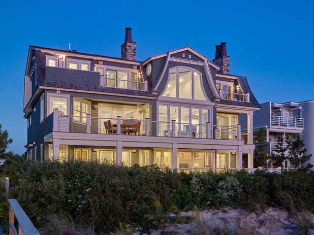 Beach Style  by Dewson Construction Company