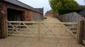 5 Bar Timber Gates