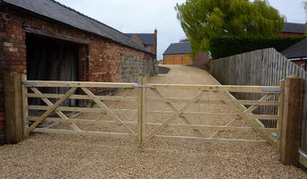 5 Bar Timber Gates