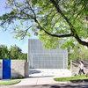 Stickybeak: An Award-Winning Modernist Home for a Private Couple