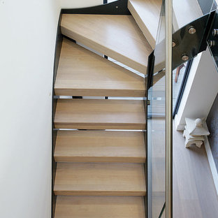 Model 500 Staircase in a Quarter Turn Configuration with Winding Treads