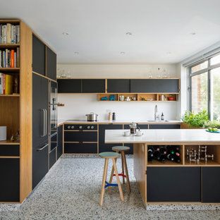 This is an example of a retro kitchen in London.