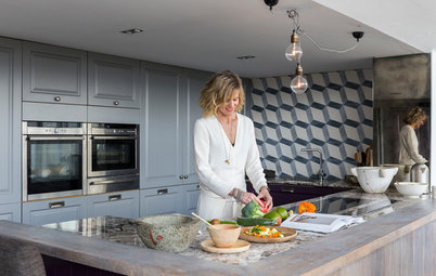 Houzz Tour: Linda Barker's Converted Country Cottage in Yorkshire