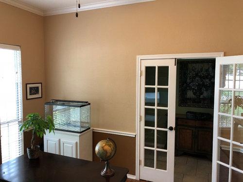 Wall decor ideas around aquarium
